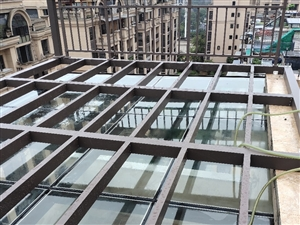 承接家装铝合金门窗雨棚阳光房阳光棚欧式雨棚栏杆