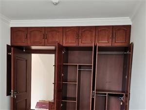 專業家裝木工吊頂,衣柜櫥柜榻榻米定制