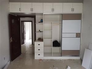專業家裝木工,吊頂隔斷,衣柜櫥柜榻榻米定制