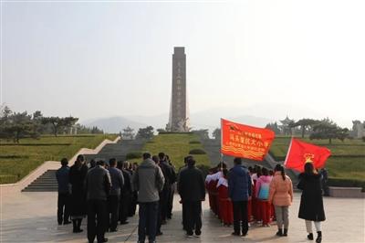 我县举行纪念大青山胜利突围79周年仪式