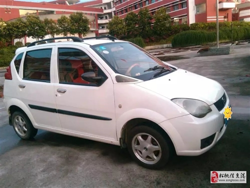 低价出售二手哈飞路宝小汽车一辆5800元。