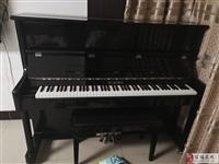 99成新钢琴出售