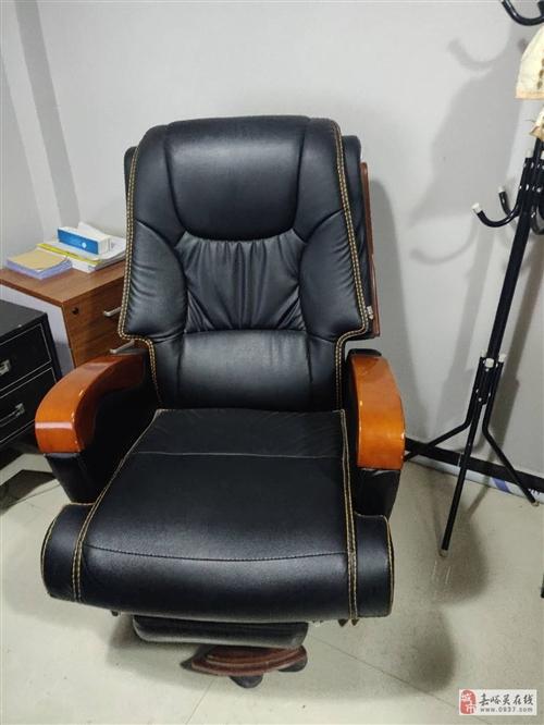9成新老板椅(转椅)出售
