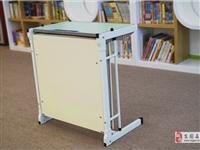 出售學生課桌椅,單人課桌椅,適合托管輔導班課桌椅
