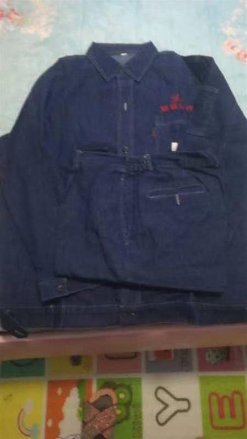 出售一批工装,全棉牛仔布料