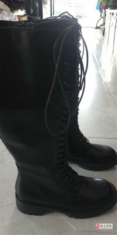 全新女靴,280买滴,现在处理100块钱!37码