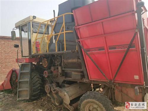 9成新中农博远玉米收割机急售急售随时看车