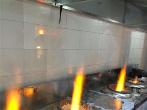 無醇燃料是用什么材料合成的,吸入后對人體有害嗎
