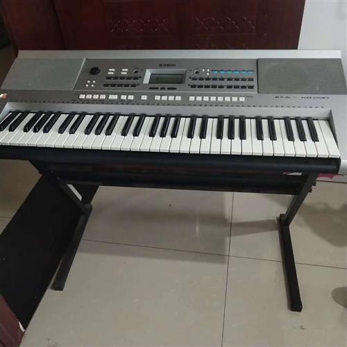 出售一架亚马哈电子琴