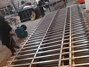 惠州厂区锌钢焊接护栏,方管焊接栏杆,组装围墙护栏