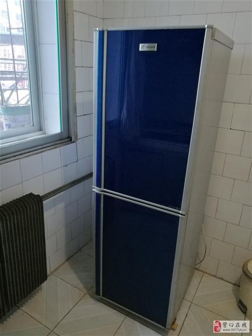 因搬家,低价转让冰箱洗衣机热水器桌、床、桌椅等