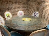 低价出售饭店圆桌椅