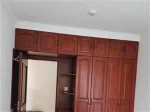 家裝木工吊頂,衣柜櫥柜定制