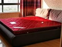 1.8米X2米床带床垫出售