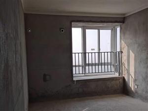 阅山悦府3室2厅2卫纯毛坯现房  黄金楼层户型正采光通透 出门金江学校