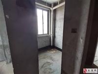颍川路电梯好楼层學区好位置4室2厅2卫69万元