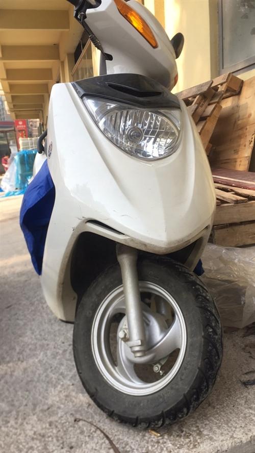 低價出售雅馬哈品牌摩托車