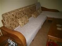 九五新实木沙发、茶几和电视柜500元
