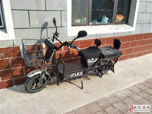 出售载重王电动车一台