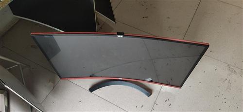 网吧淘汰升级的显示器,32寸 成色好,曲面