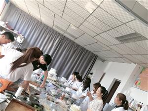 枣庄专业蛋糕师培训 枣庄裱花技术培训 枣庄甜点培训