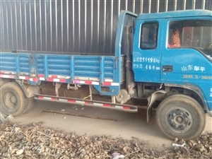 私家六轮货车忍痛出售