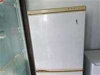 因换新冰箱,低价出售。美菱冰箱,单开门,正常使用中。