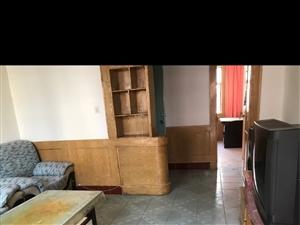 位于峪关街二楼,因资金周转急售,此房月底前有效。