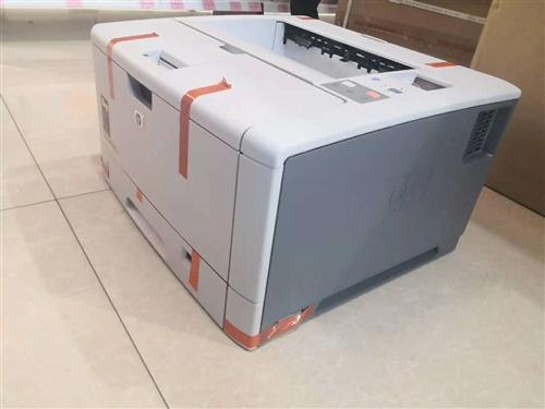 現有一批庫存機低價出售**包裝從未拆封 hp5200LXA4黑白激光網絡打印機一口價2600元...