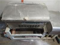 出售二手饅頭機設備,圓頭饅頭機,籠屜,和面機立式蒸汽爐,,,,