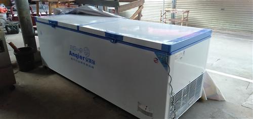 本人去年八月份新买的安淇尔冷柜,2.7米长0.9米大,现在还是保修期,买到刚用了三个多月,现在由于没...