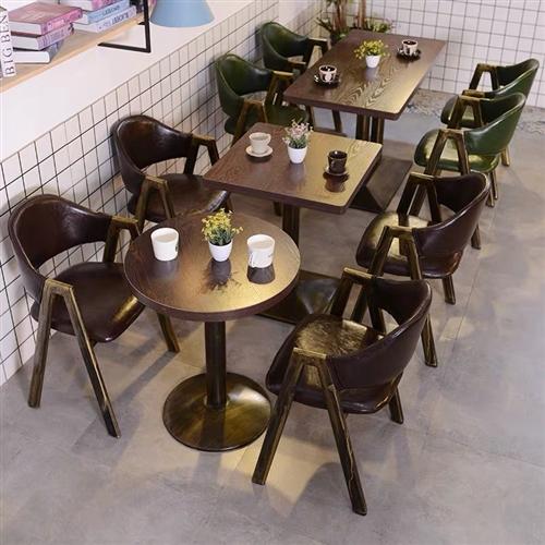 桌椅板凳 1方桌4椅子 买多了放着挤 便宜处理