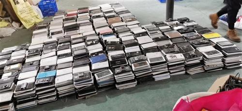 高价回收好手机,报废手机,老人机,平板电脑,网络机顶盒,旧内存卡