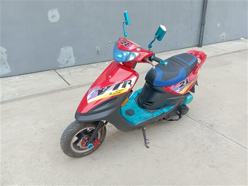 个人一手捷达踏板摩托车,很爱惜保养的好,车没怎么出力,刚换的新电瓶和刹车片,现在上下班代步使用中,车...