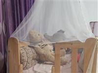 想换大床 婴儿床无处安放 一咬牙转了  床长150 宽70 包含床垫、床围、床单、蚊帐 所有东...