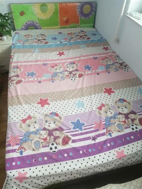 九九成新床+床墊,1.2*2米,市區自提