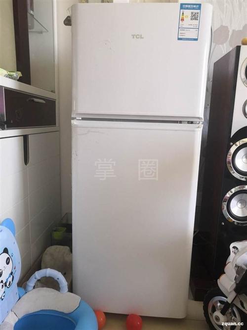 低价出售闲置二手冰箱,热水机,双杠洗衣机各一台,功能齐全,性能好,有需要的联系我