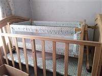 **宝宝床,外面薄膜都在,买来没用过,孩子大了占地方,诚心出售。