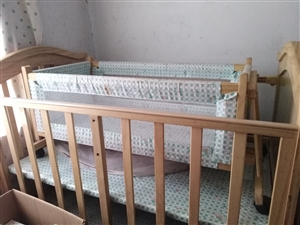 **����床,外面薄膜都在,�I��]用�^,孩子大了占地方,�\心出售。