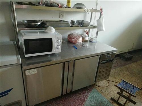 3米净化车加烤炉,冰柜,冷藏保鲜柜,吧台,操作台,桌椅,LED牌子,不锈钢烧烤盘大小若干,烧烤用具若...
