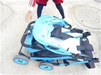 品牌婴幼儿推车,可坐可躺可折叠,超级好用,宝宝大了闲置在家。