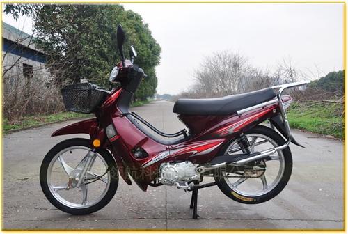 宗申彎梁摩托車,送外賣的**選擇,柳橋看車,保養的非常仔細,包你滿意。