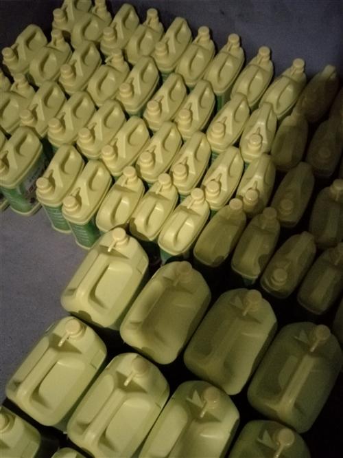 美好时光洗洁精洗衣液可批发可零售 V15154365081 10块三斤