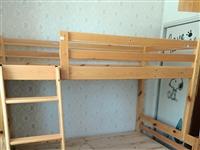 来看看,闲置的实木高低床,实木大床低价出售了,实木大床带床垫,感兴趣的可以骚扰我1399378685...
