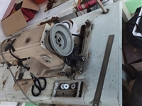出售二手普通缝纫机两台,自己用的,一点毛病都没有,二手贩子勿扰!成心要的联系我
