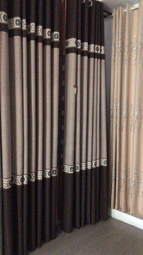 **窗簾清倉處理,不計成本,一副窗簾5至6米標準簾,買到就是賺到。