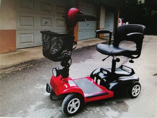 伊凱42x老人電動代步車,2019年8月從淘寶上購得,因老人不習慣,試騎幾次后一直閑置,幾乎**,蓄...