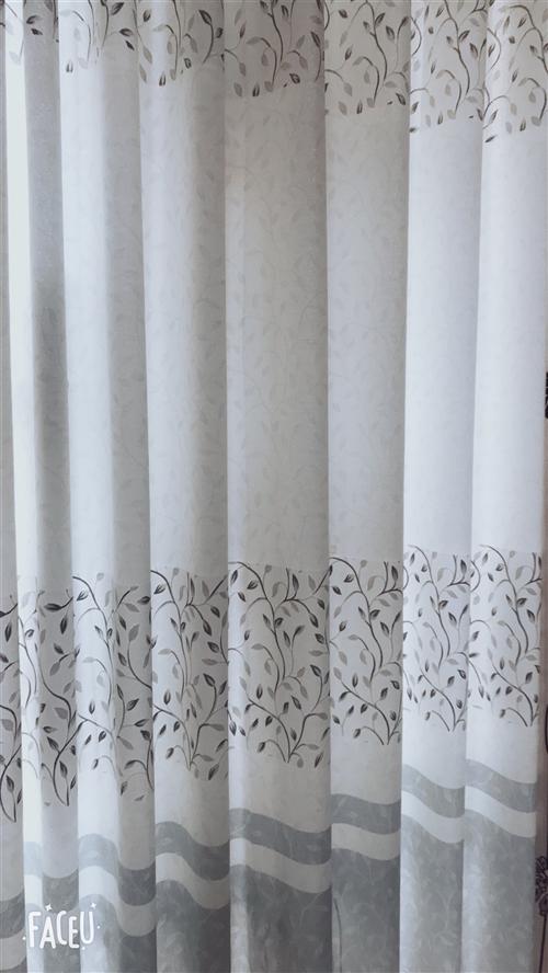 印花布窗簾一副5米做好200