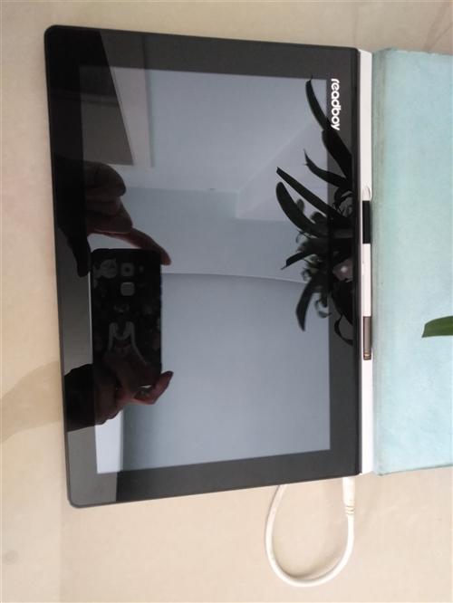 读书郎学生平板电脑G100,成色新,原价3000多,诚心需要者请联系,价格可以协商。