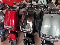 大量出售電動車,天能電池,超威電池電話18218778124
